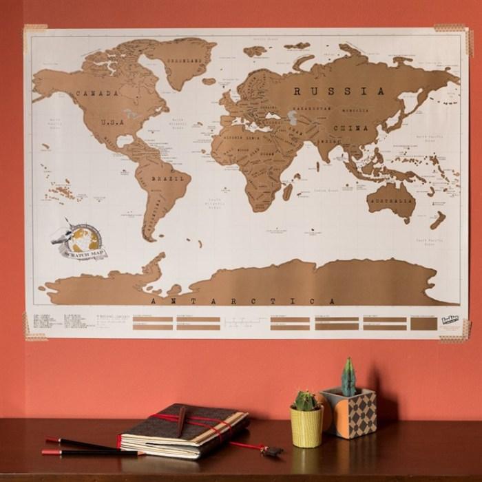 Carte du monde à gratter - Nature & Découvertes - 24,95€